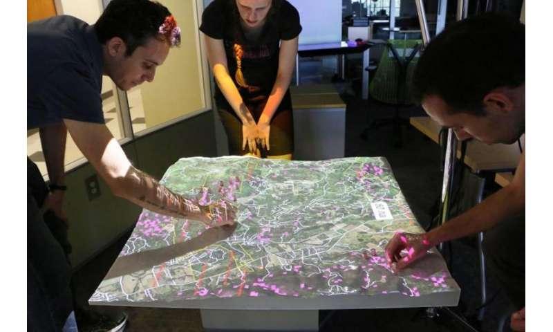 Technology enhances role-playing scenarios for managing sudden oak death