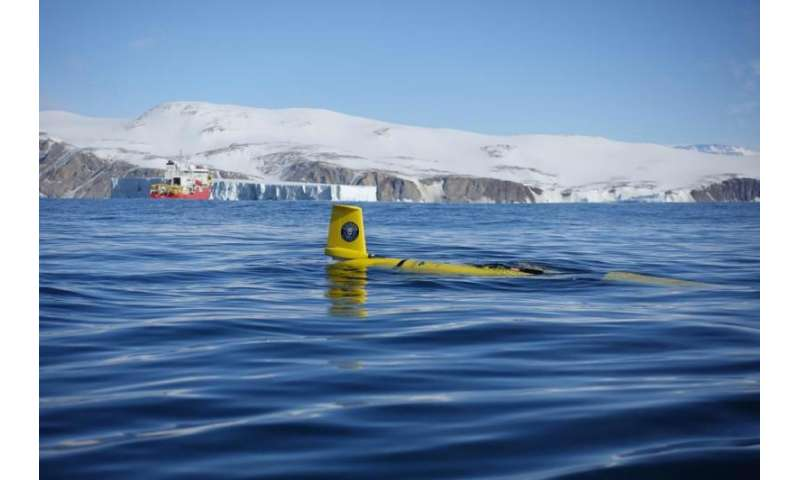 Underwater robots help predict how and when ice shelves collapse