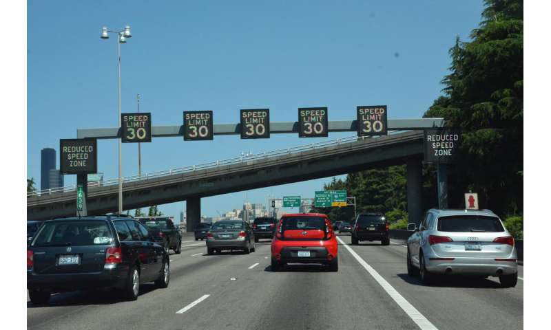 Variable speed limits could reduce crashes, ease congestion in highway work zones