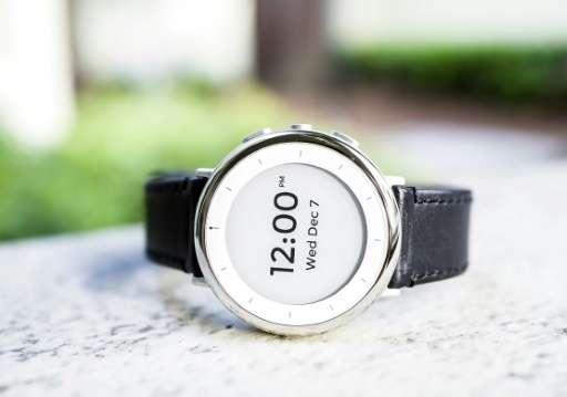 "Verily's wrist-worn ""Study Watch"" designed to gather complex health data in clinical studies"