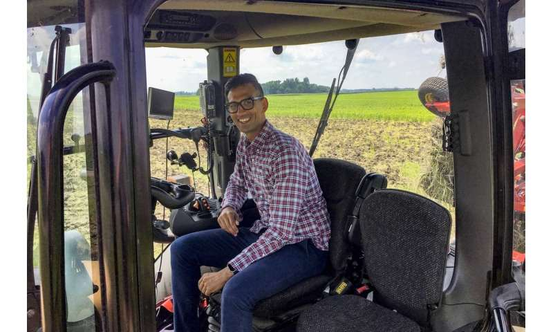 Broadband 'disconnect' has big consequences for midwest farmers