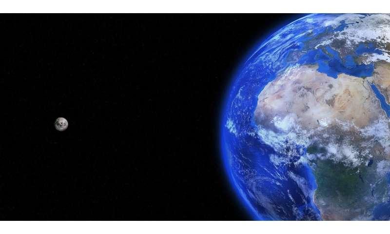 [Image: 1-earthmoon.jpg]