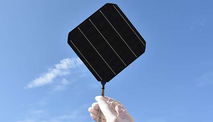 First truly black solar modules roll off industrial production line
