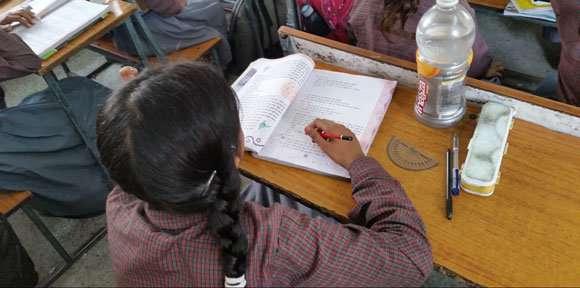 How could multilingualism benefit India's poorest schoolchildren?