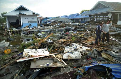 Indonesia tsunami death toll nears 400, expected to rise