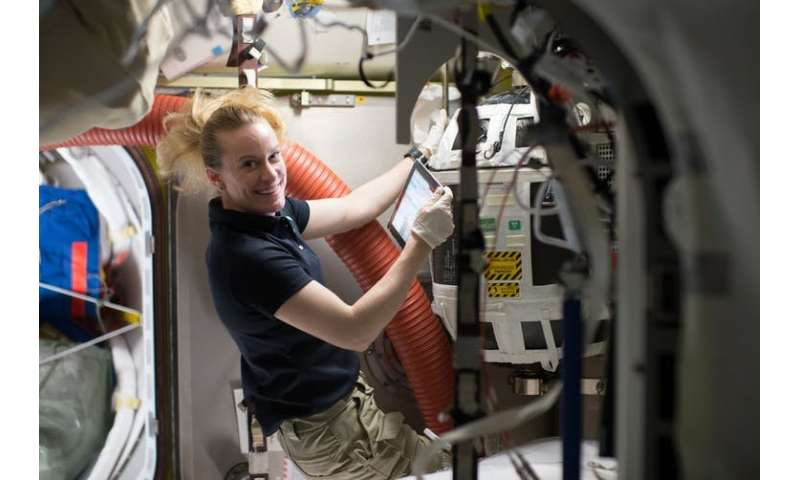 Method of making oxygen from water in zero gravity raises hope for long-distance space travel