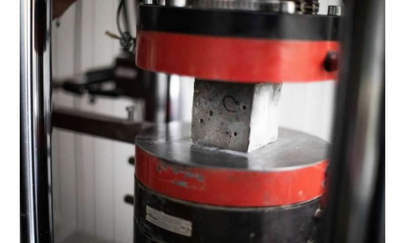 Scientists: Environmentally friendly concrete from industrial waste is as strong as traditional