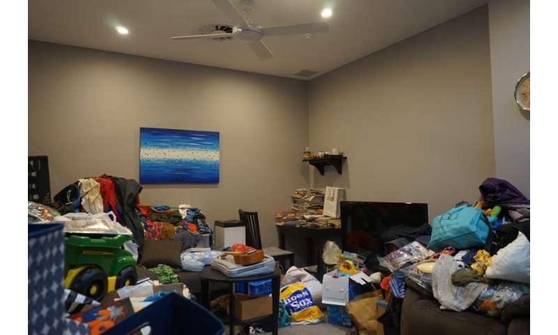 When possessions are poor substitutes for people—hoarding disorder andloneliness
