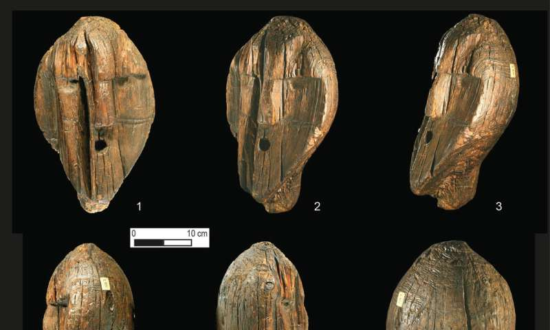 Wooden Shigir idol that is twice as old as Egyptian pyramids