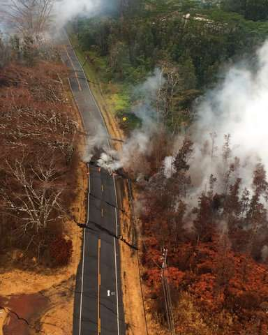 'It smelled like sulfur:' Ash falls near Hawaii volcano