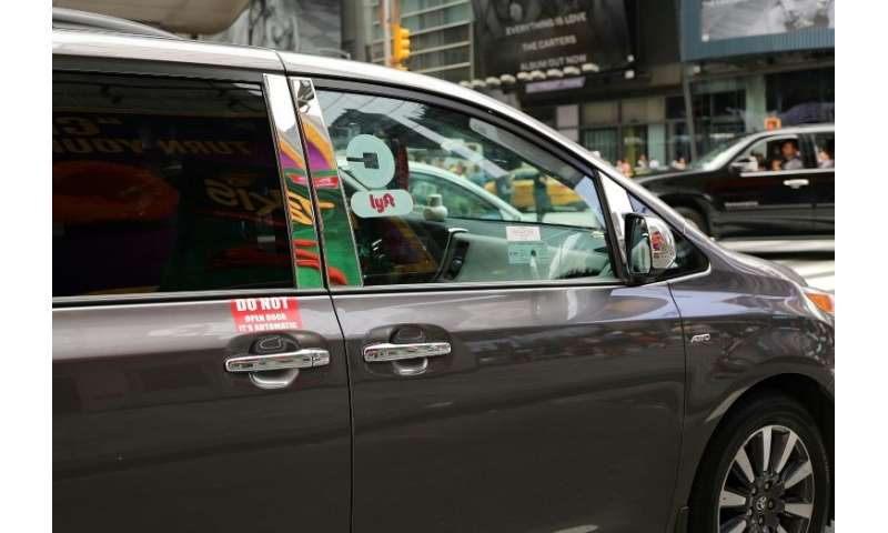 Drivers for Uber, Lyft see incomes fall as participation jumps