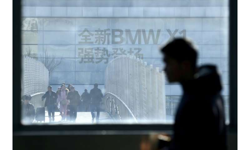 German carmaker BMW is to take control of its China joint-venture with Brilliance China Automotive