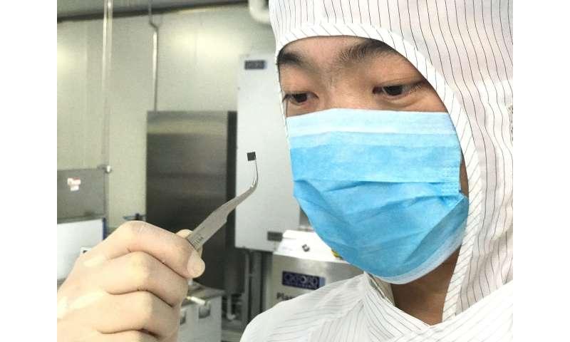 Innovative light-delivery technique improves biosensors