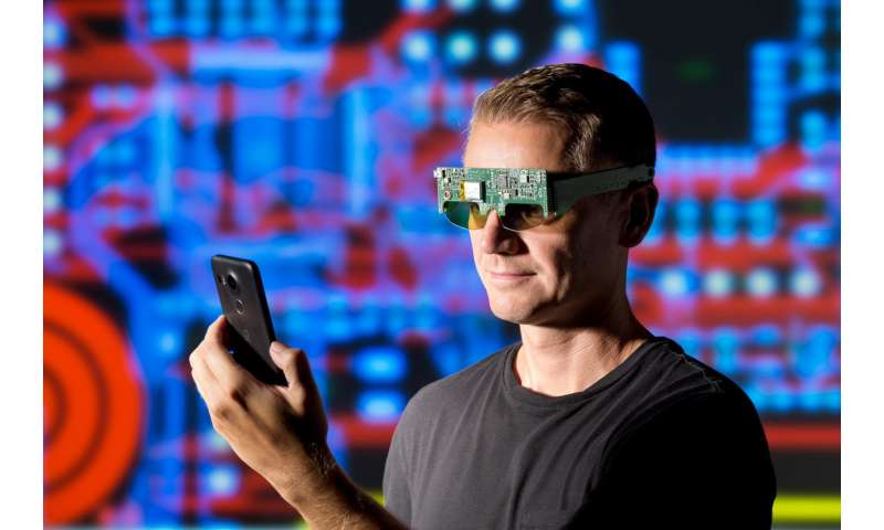 Interactive shutter eyeglasses to replace eyepatch therapy