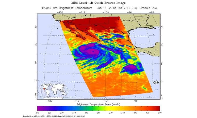 NASA finds heavy rainmaking thunderstorms in Hurricane Bud