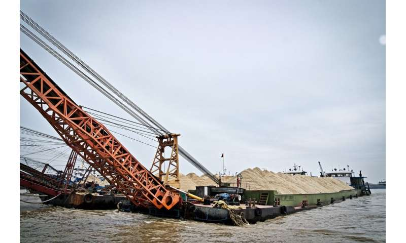 Uncovering sand mining's impacts on the world's rivers