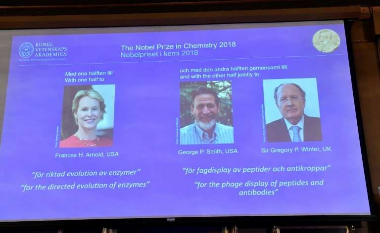 US scientists Frances Arnold and George Smith and British researcher Gregory Winter have won the 2018 Nobel Chemistry Prize