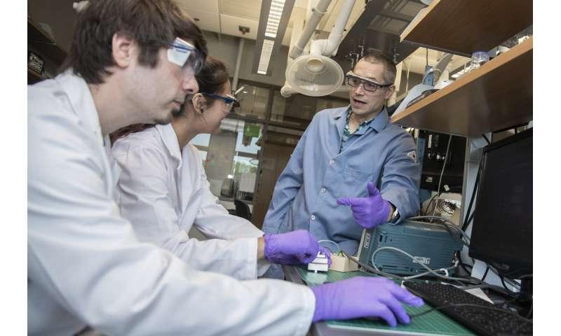 Chemists develop contaminant detection technique for heparin