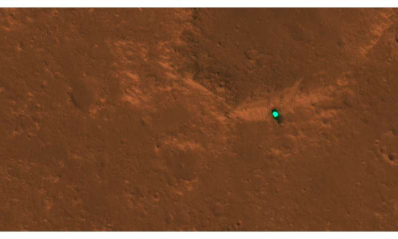 ** Mars InSight is landing in first images from space