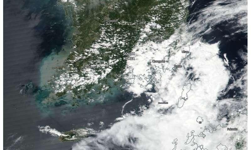 NASA catches Tropical Depression Leepi nearing landfall