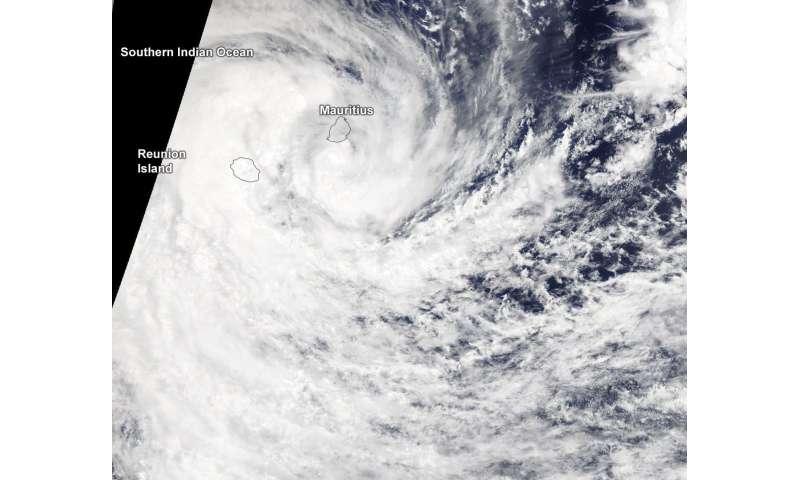 NASA sees Tropical Cyclone Berguitta soaking Mauritius and Reunion Island