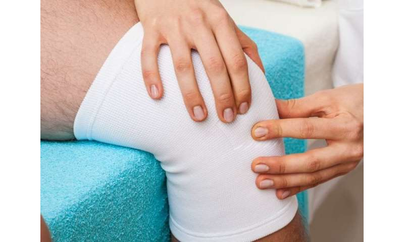Physical therapy an option for nonobstructive meniscal tears