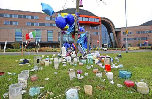 Sick British toddler at center of legal battle dies