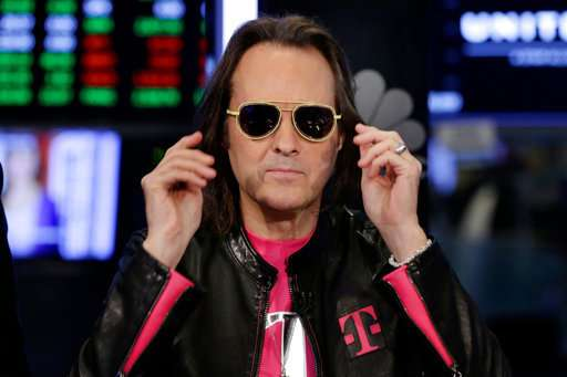 Sprint, T-Mobile have to sell $26.5B deal to antitrust cops