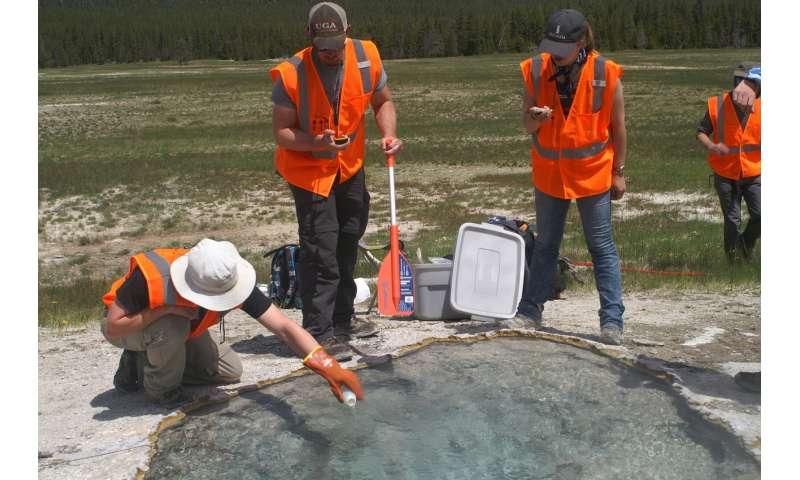 Researchers find new way to estimate magma beneath Yellowstone supervolcano