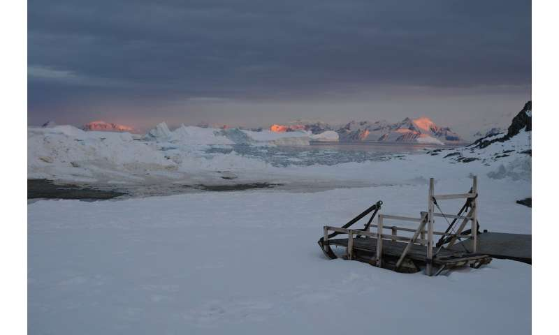 Antarctic experts offer two possible views of continent's future