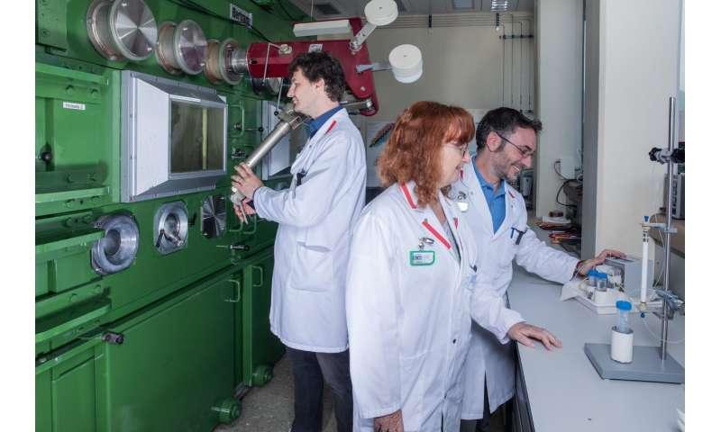 Beryllium-7 atom helps to check inconsistencies in the Big Bang theory