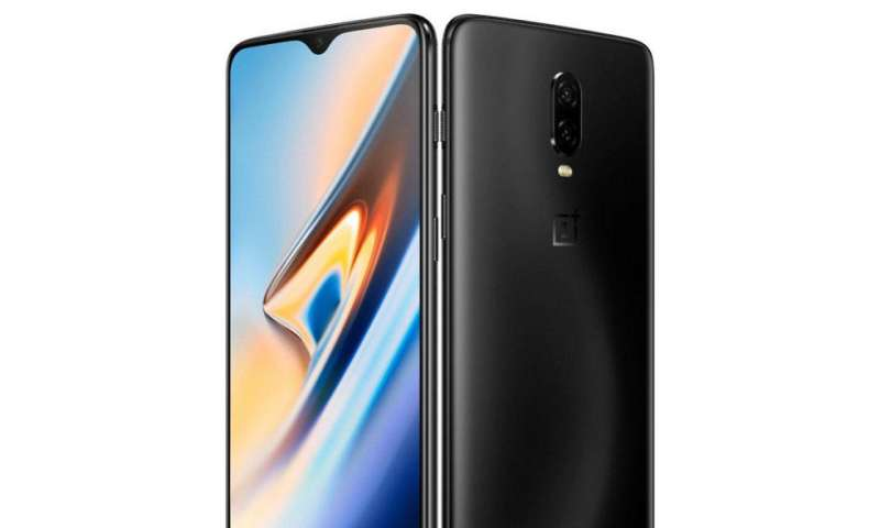 OnePlus 6T packs a fingerprint scanner in its screen to take on