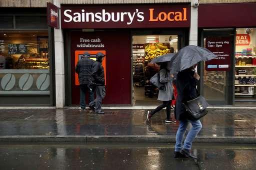 Walmart to sell UK unit as it seeks growth in online sales