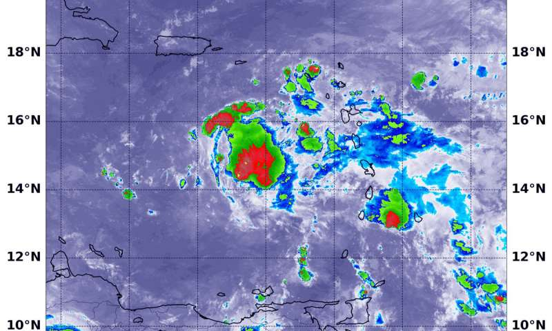 NASA-NOAA satellite finds winds tearing Tropical Depression Isaac apart