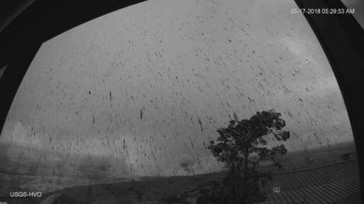 Hawaii volcano sends ash plume 30,000 feet into sky