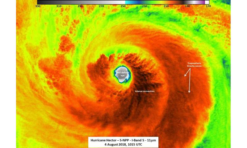 NASA-NOAA's Suomi NPP satellite gets night-time and infrared views of Hurricane Hector