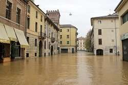 Adaptable, scalable and cost effective local solution to urban flooding prevention