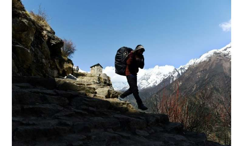 A growing chorus of foreign-led Everest operators in Nepal are demanding greater scrutiny of low-cost outfits that have mushroom