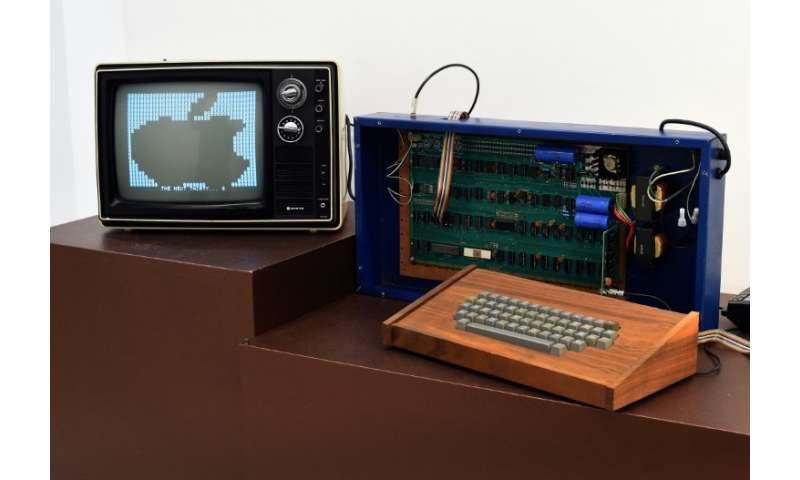 An Apple-1 personal computer, similar to the one seen here from a 2014 auction, was sold this week by a Boston-based auction hou