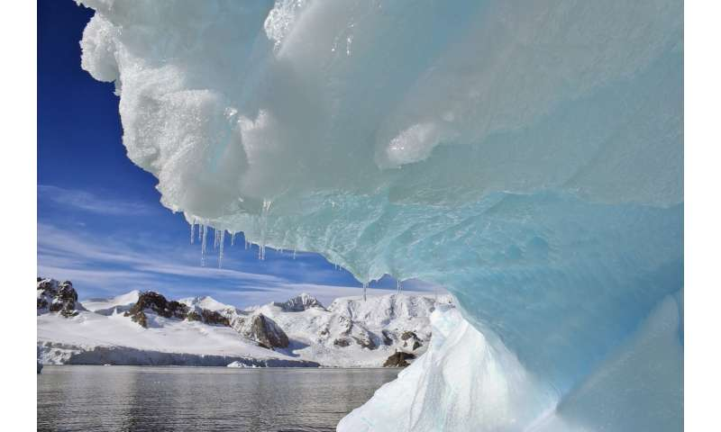 Antarctica has lost nearly 3 trillion tonnes of ice since 1992