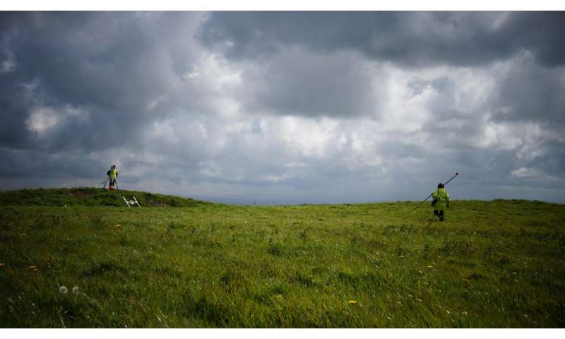 ANU archaeologist discovers Cornish barrow site