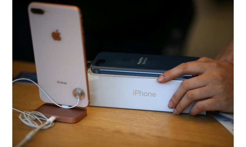 Australia's consumer watchdog took Apple to the Federal Court last year over allegedly false or misleading representations to cu