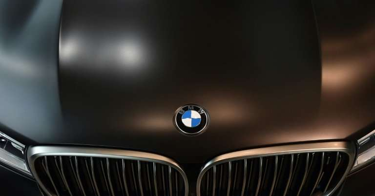 "BMW ""admitted to the (vehicle licensing authority) KBA that it built software that manipulates the exhaust system into two"