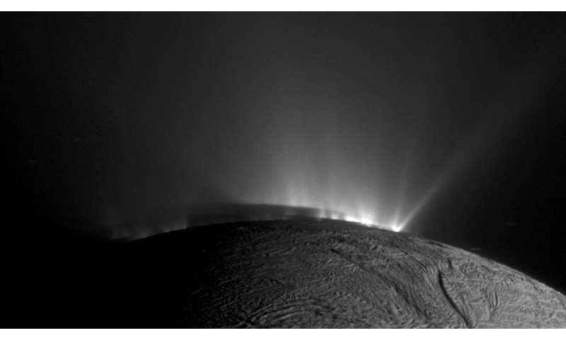 Complex organics bubble from the depths of ocean-world Enceladus