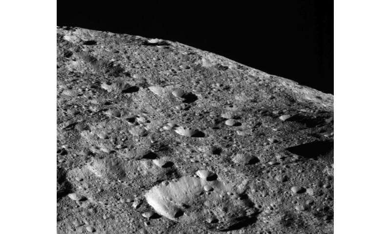 Dawn to enter new close orbit around Ceres
