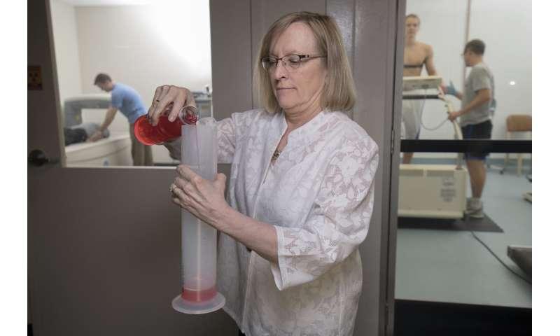 Dehydration alters human brain shape and activity, slackens task performance