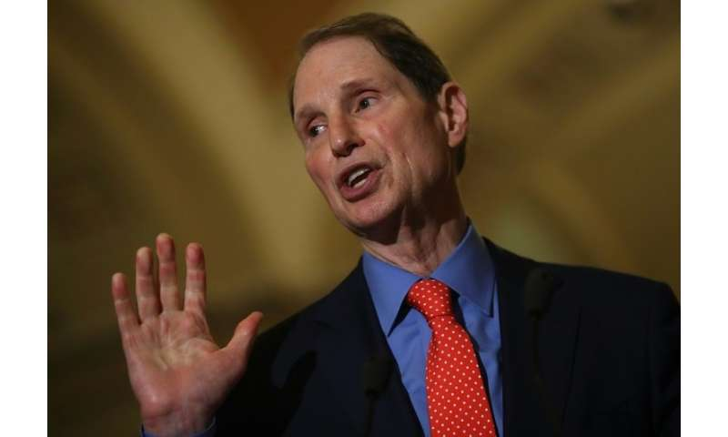 Democratic Sentor Ron Wyden is calling for legislation that would put executives in jail if they lie about consumer privacy prot