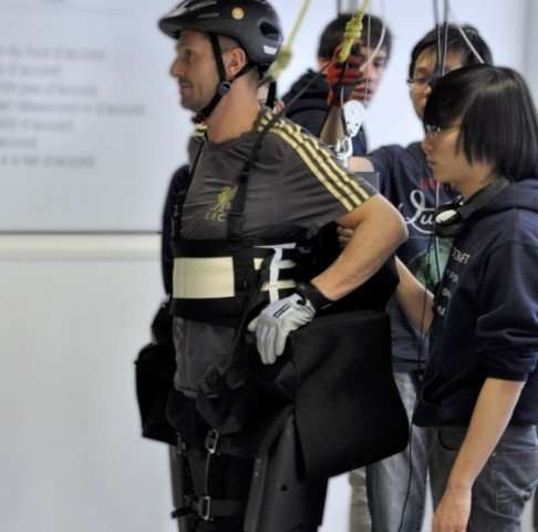 Exoskeleton designed to help paraplegics walk