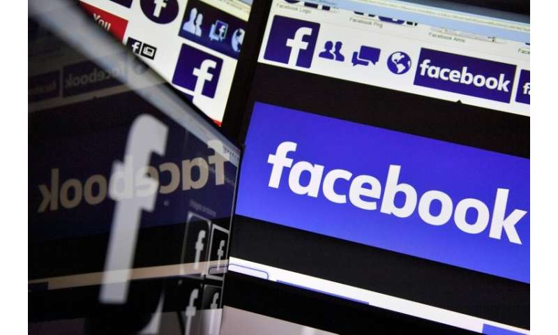 Facebook has announced plans to give greater priority to family and friends in its News Feed