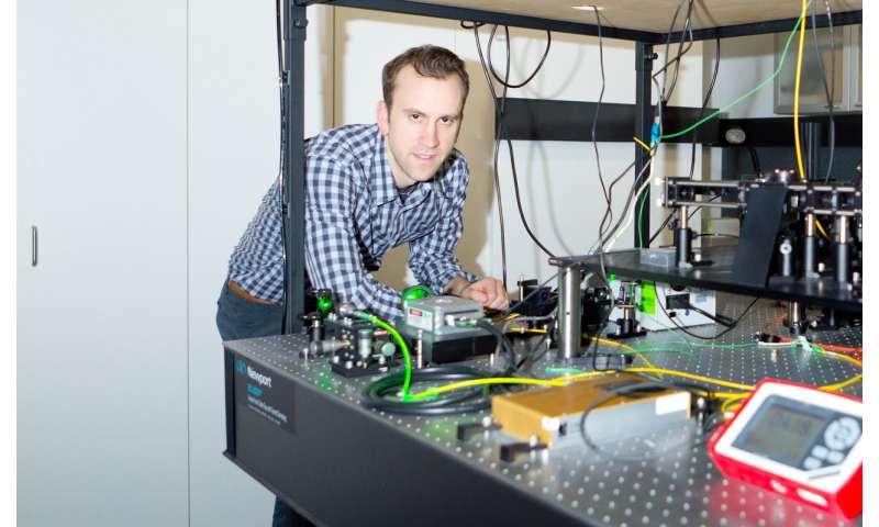 Fluorescence microscopy gets the BAMM treatment!